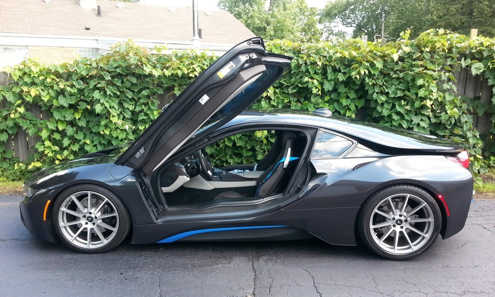 BMW i8 Supercar Hybrid